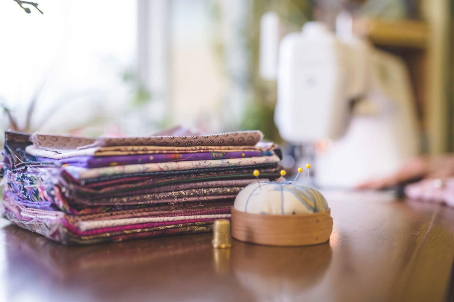 stack of fabric, fat quarter quilt pattern